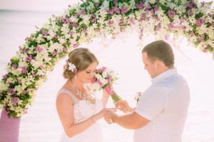 wedding arch laender thailand wedding planner